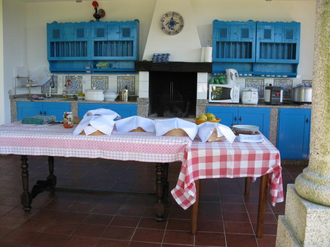 Sommerküche Kochen : Ferienhaus in uzès im sommer kann man auch draussen kochen