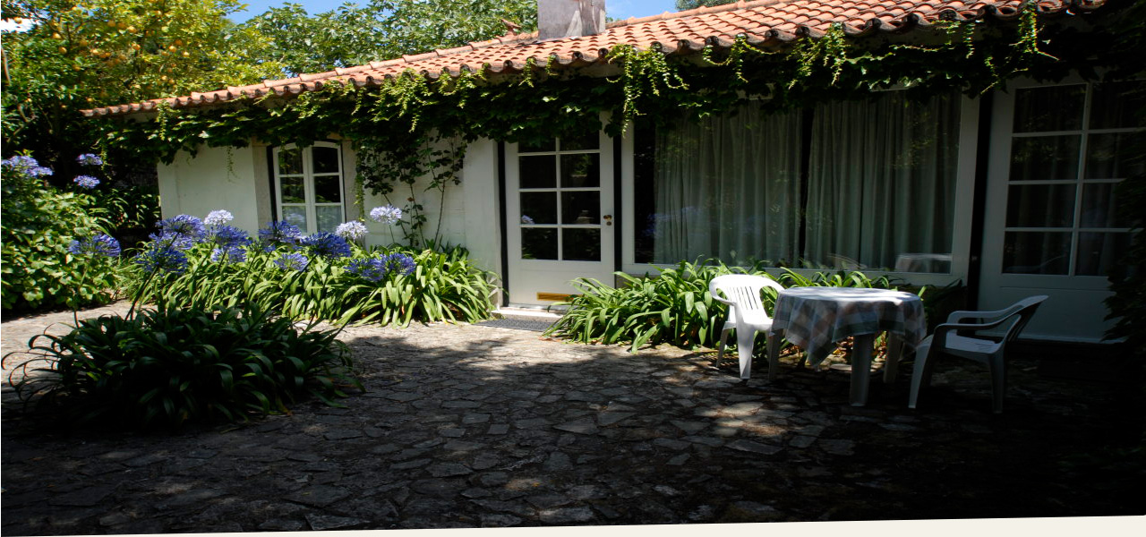 free romantic apartment, family vacation in Portugal