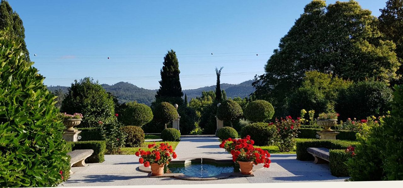 Magnificent garden, ideal for peaceful holidays in Portugal